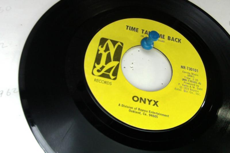 onyx/time takeme back/keep on waitingのシングル盤 vinyl 7inch通販・販売ならサウンドファインダー