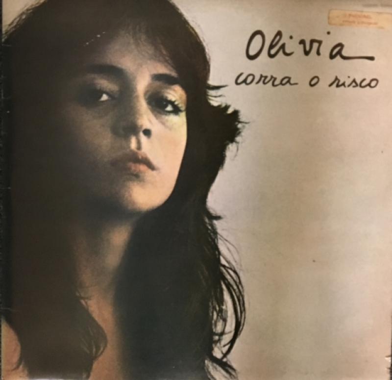 Olivia/Corra