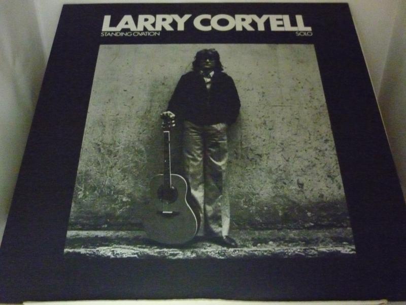 """ラリー・コリエル/スタンディング・オヴェイションのLPレコード通販・販売ならサウンドファインダー"""""""