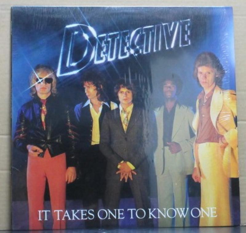 DETECTIVE/IT